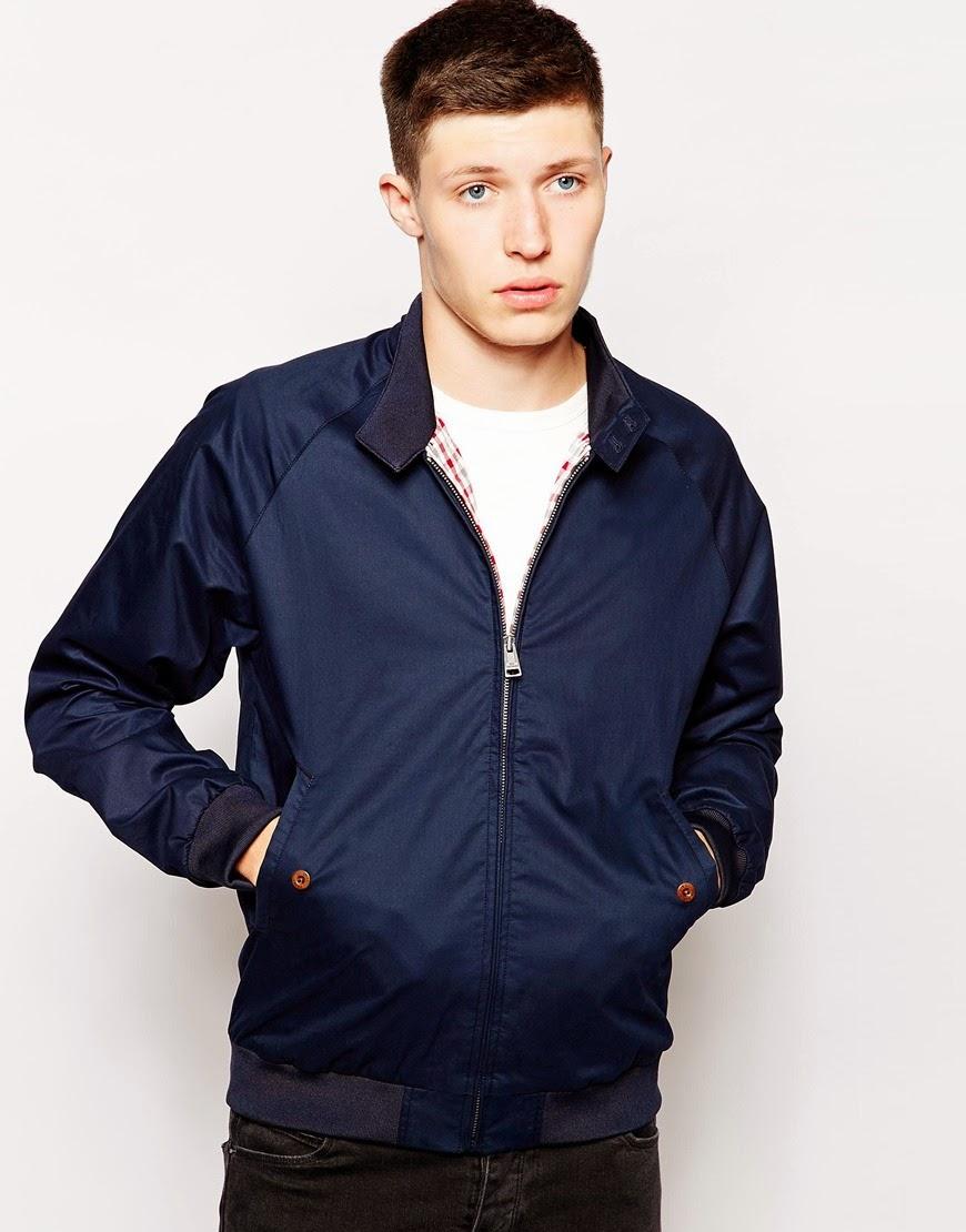 To Harrington Jacket είναι ας πούμε η Αγγλική εκδοχή του Varsity. Ένα  iconic ρούχο που εδραιώθηκε από την κουλτούρα των Mods. Απόλυτα minimal a237ba03ab9
